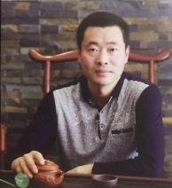 紫砂壶工艺师图片:王新云 - 宜兴紫砂壶网