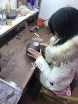 紫砂壶工艺师图片:丁老师 - 宜兴紫砂壶网