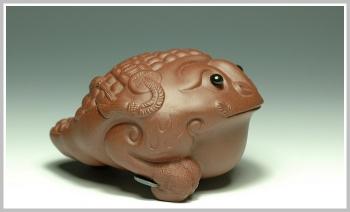紫砂壶图片:三足福 - 宜兴紫砂壶网