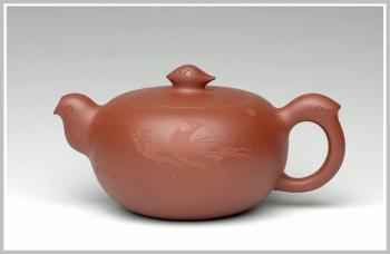 紫砂壶图片:范小君刻 飞 - 宜兴紫砂壶网