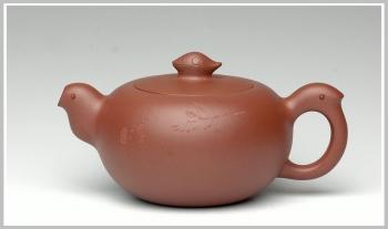 紫砂壶图片:厉上清刻 飞 - 宜兴紫砂壶网