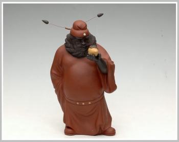 紫砂壶图片:钟馗引福 - 宜兴紫砂壶网