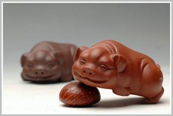 紫砂壶图片:笑脸小福猪 - 宜兴紫砂壶网