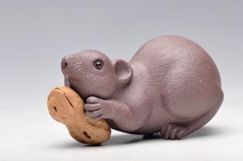 紫砂壶图片:掌中宝,花生鼠 特别好养 - 宜兴紫砂壶网