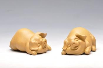 紫砂壶图片:小喜猪 福猪 壬辰年新品 优质段泥 不一般的甜蜜 - 宜兴紫砂壶网