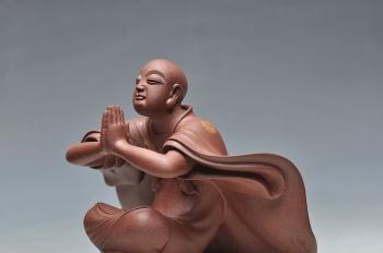 紫砂壶图片: 范志峰最新作品描金蓬莱 衣有凌虚之韵,容有出尘之想 - 宜兴紫砂壶网