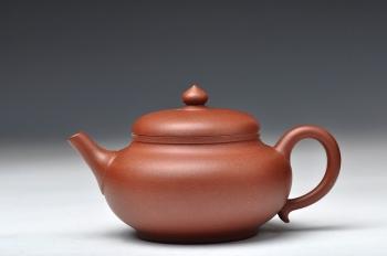 紫砂壶图片:实用之作 心意 送礼佳品  - 宜兴紫砂壶网