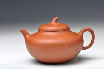 紫砂壶图片:饱满可人 实用 全手玉梨 桂花砂料 - 宜兴紫砂壶网