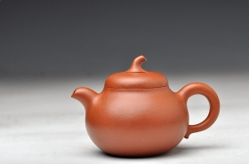 紫砂壶图片:优质降坡泥 饱满可爱  全手茄段 实用精品 - 宜兴紫砂壶网