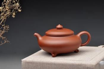 紫砂壶图片:适合绿茶 纤秀可人 三足扁樱 - 宜兴紫砂壶网