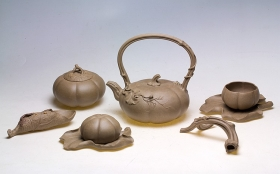 紫砂壶图片:经典重器 全手精品一套 欣赏 - 宜兴紫砂壶网