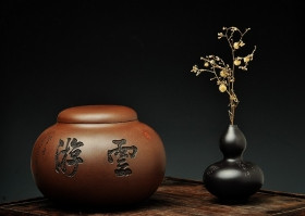 紫砂壶图片:珠圆玉润之游云 文房茶叶罐 - 宜兴紫砂壶网