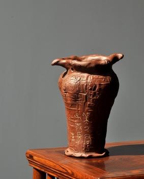 紫砂壶图片:美人君子共长生o(∩_∩)o  青铜风格之全手美人瓶  - 宜兴紫砂壶网