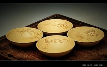 紫砂壶图片:一套梅兰竹菊 茶室之美 乳香杯 - 宜兴紫砂壶网