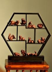 紫砂壶图片:精品拉毛版十二生肖 栩栩如生 做工精细 - 宜兴紫砂壶网