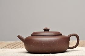 紫砂壶图片:紫泥铺砂 大口适合绿茶 全手葵璧 优美雅致 - 宜兴紫砂壶网
