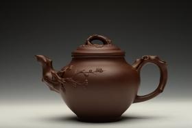 紫砂壶图片:经典传统 梅报春 气宇轩昂 贴叶精彩 - 宜兴紫砂壶网