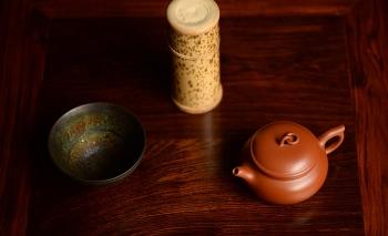 紫砂壶图片:功夫茶之朱泥小壶 灵秀之作  筑云 - 宜兴紫砂壶网