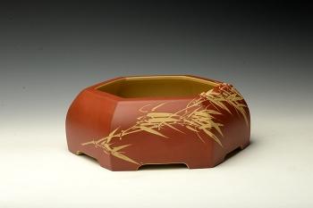 紫砂壶图片:陆轶舟精品代表作 全手六方水洗  刀法精炼层次分明 - 宜兴紫砂壶网