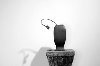 紫砂壶图片:张秋平制作 陆轶舟装饰 全手四方花樽 文气作品~ - 宜兴紫砂壶网