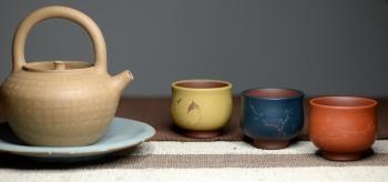 紫砂壶图片:曲峰经典清韵杯一套 古色古香 雅致 - 宜兴紫砂壶网