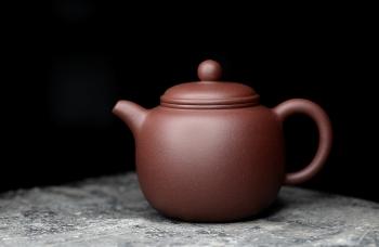 紫砂壶图片:美壶特惠 优质黄龙山紫泥 匏尊 茶人最爱器形 饱满大气 - 宜兴紫砂壶网