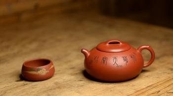 紫砂壶图片:张云熙全手精品 文气之作 玉龙壶 值得收藏 - 宜兴紫砂壶网