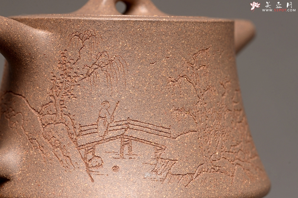 紫砂壶图片:张听刚精心装饰 古朴之味 文气佳品 全手柱础 - 宜兴紫砂壶网