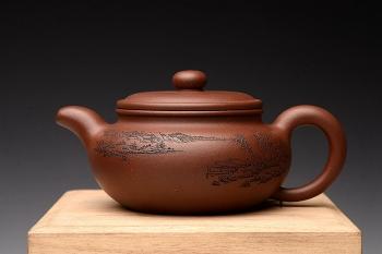 紫砂壶图片:朱牧清新作 形神兼备 传统经典 扁腹 - 宜兴紫砂壶网