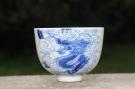 紫砂壶图片:生肖龙 景德镇全手工手绘青花主人杯  - 宜兴紫砂壶网