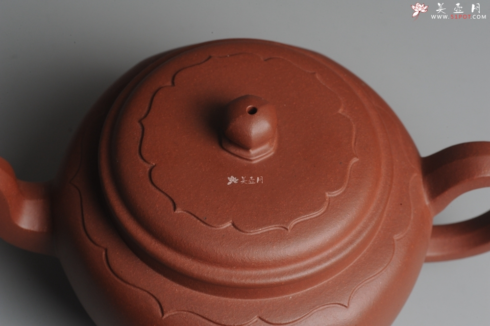 紫砂壶图片:美壶特惠 大气混方菱花 做工精湛 - 宜兴紫砂壶网
