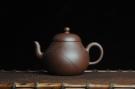 紫砂壶图片:美壶特惠 全手工精品秀雅高梨形 装饰兰草 - 宜兴紫砂壶网