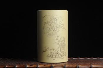 紫砂壶图片:美筒特惠 精品山水高帽笔筒四式 得山水清气 极天地大观 老师不打草稿直接空刻 一气呵成 - 宜兴紫砂壶网