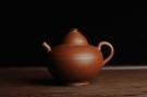 紫砂壶图片:美壶特惠 优质老清水泥 茶人醉爱 文人小雅小影壶 - 宜兴紫砂壶网