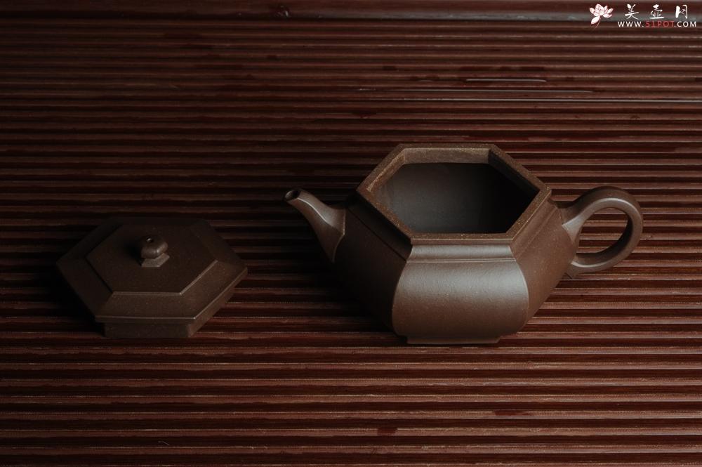 紫砂壶图片:美壶回馈壶友特惠 老紫泥精致全手工大彬六方 - 宜兴紫砂壶网