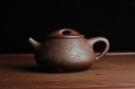 紫砂壶图片:贺岁新品 优质紫茄泥全手工高士煮茶图 茶亦醉人 文气满瓢 - 宜兴紫砂壶网