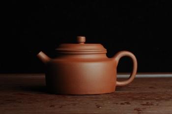 紫砂壶图片:美壶特惠 老清水泥经典大亨德中 茶人醉爱 - 宜兴紫砂壶网