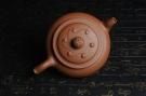 紫砂壶图片:美壶特惠 原创三足如意壶 嵌盖难度大 油润降坡泥 做工超精致 - 宜兴紫砂壶网