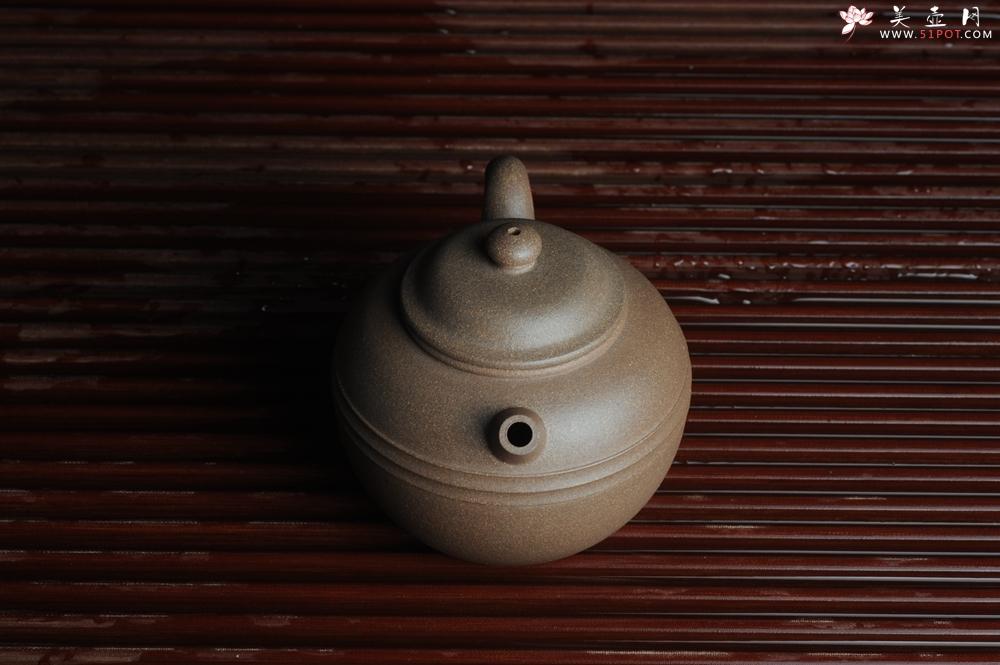 紫砂壶图片:美壶特惠 精致老段泥腰线巨轮 炮管直流 杀茶力器 茶人醉爱  - 宜兴紫砂壶网