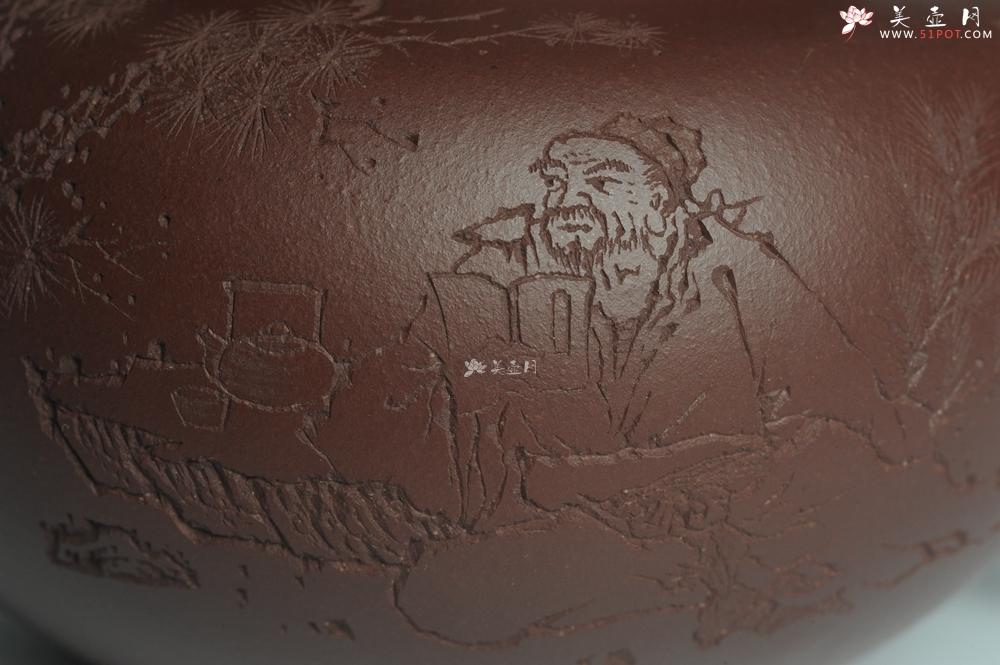 紫砂壶图片:强强联合 实力派杨老师全手工大亨莲子 方健老师即兴装饰 一甄清气半静吟 古韵悠悠 气势非凡 深得老味 - 宜兴紫砂壶网