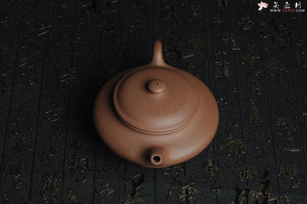 紫砂壶图片:美壶特惠 老段泥虚扁 做工精致 茶人醉爱 - 宜兴紫砂壶网