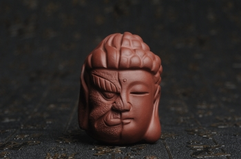 紫砂壶图片:美宠特惠 回馈壶友 精致性价比是佛是魔 一念之间 手把件茶宠高5.8cm宽4.5cm左右 - 宜兴紫砂壶网