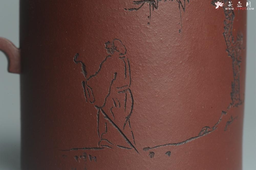 紫砂壶图片:美壶特惠 优质原矿红拼文人小壶柱础 做工精细 禾人老师即兴装饰 - 宜兴紫砂壶网