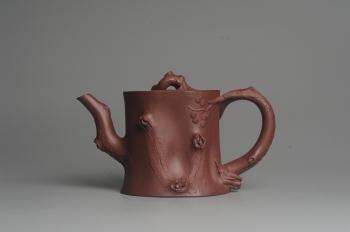 紫砂壶图片:实力派全手工木棉松桩 气质非凡 肌理自然生动 难度大 - 宜兴紫砂壶网