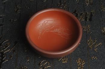 紫砂壶图片:美杯国庆特惠 精品好泥好工好刻雅致厚实品茗杯 对虾杯 - 宜兴紫砂壶网