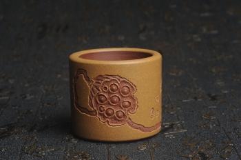 紫砂壶图片:美杯特惠 精品好泥好工好刻雅致厚实品茗杯 缸杯 莲蓬禅心杯 - 宜兴紫砂壶网