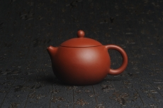 紫砂壶图片:美壶特惠 油润大红袍朱泥 小品西施壶 茶人醉爱 - 宜兴紫砂壶网