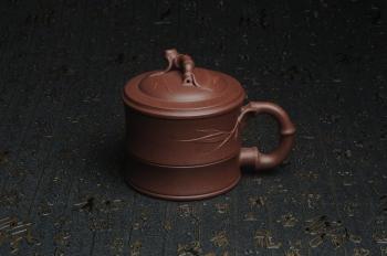 紫砂壶图片:美杯特惠 优质紫泥精工竹节盖杯 - 宜兴紫砂壶网