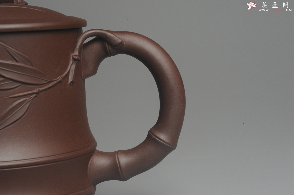 紫砂壶图片:美杯年底特惠 助工精工制作优质紫泥竹节杯盖杯 送礼自用佳品 - 宜兴紫砂壶网