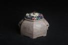 精品特惠 助工老青段精品山水六方瑞兽双耳罐 茶仓 茶叶罐 水洗-宜兴紫砂壶网